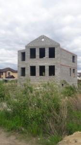 Коттедж в Комарова - в стадии строительства