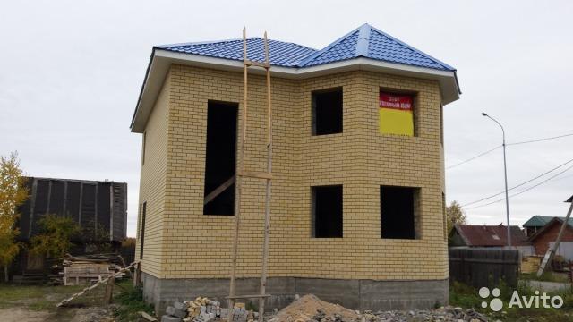 Недостроенный коттедж в деревне Комарова